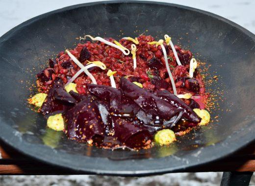 Полбяная каша с печёной свёклой и тимьяном