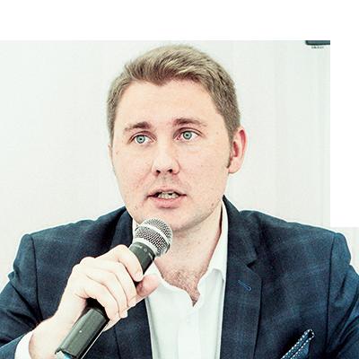Травматолог-ортопед, главный врач столичной хирургической клиники «Здоровье» Дмитрий Евгеньевич Зубков.